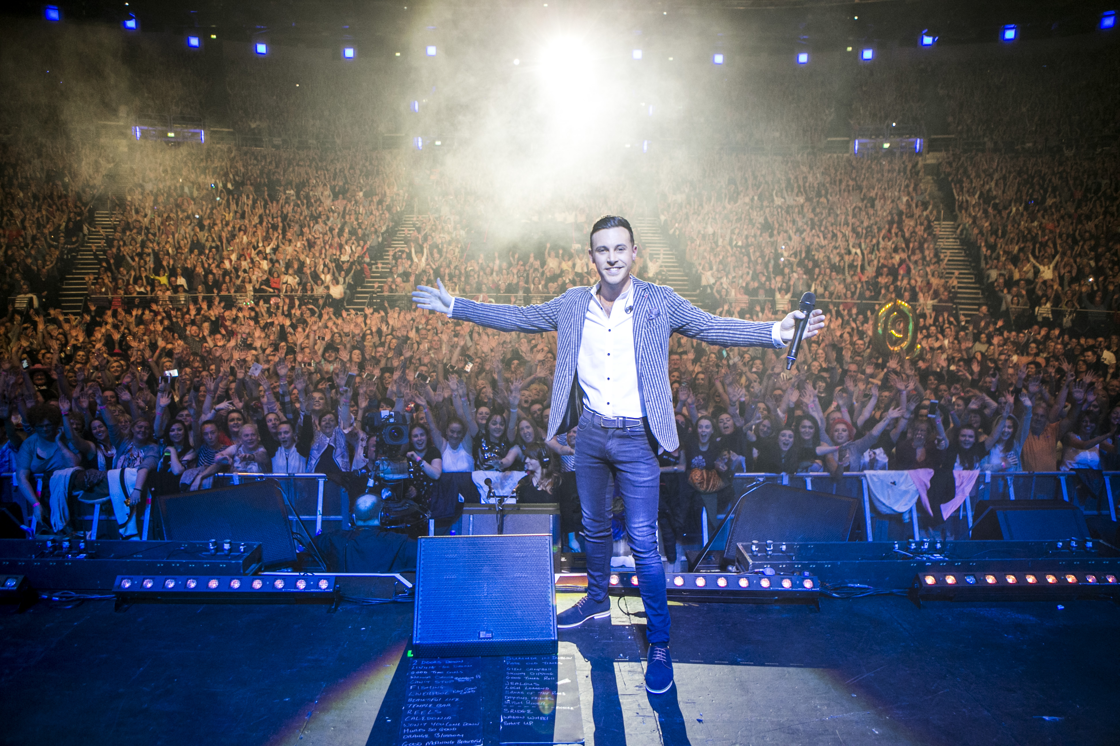 Nathan Carter irish country singer comes to crawley