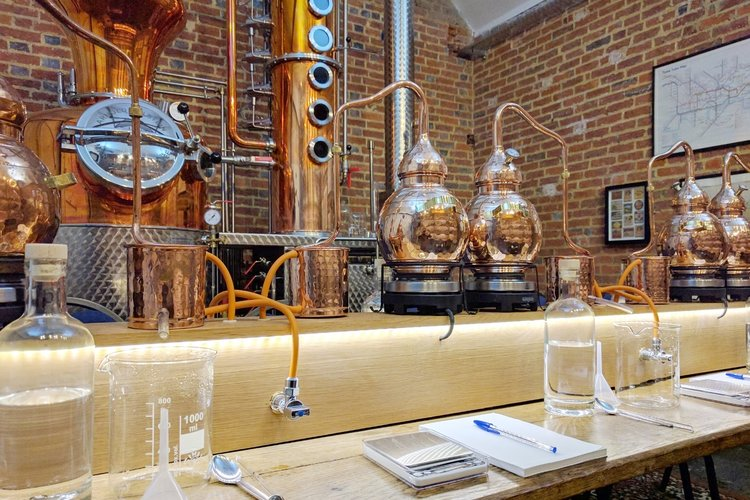 gin making tour in kent