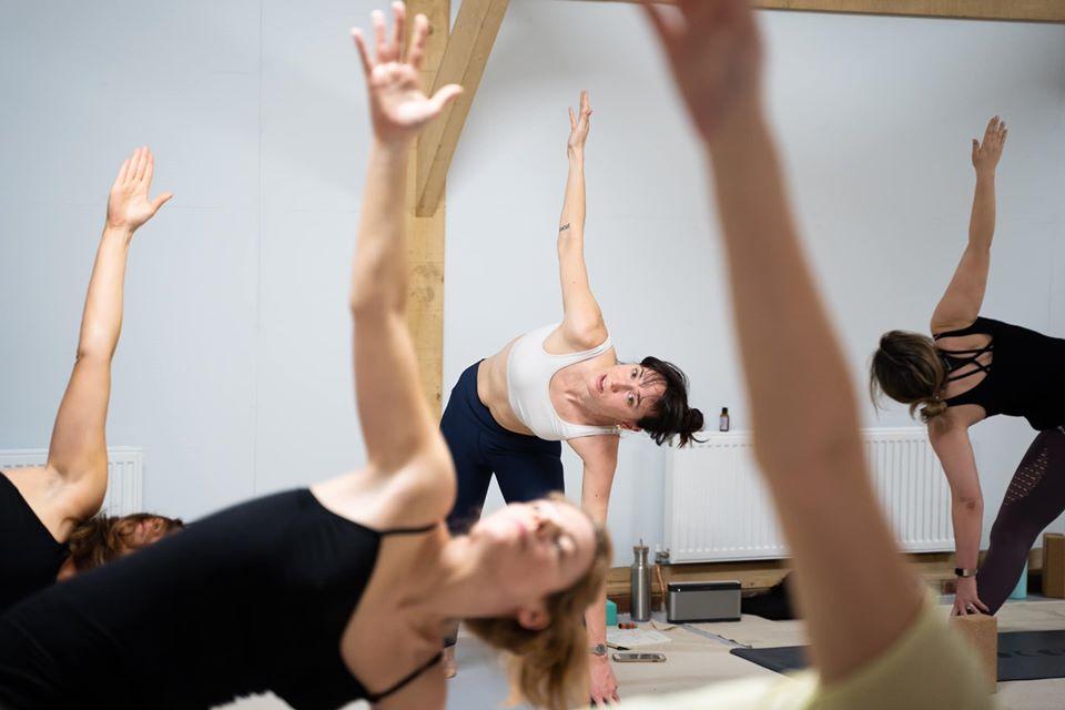 lift yourself retreats yoga class