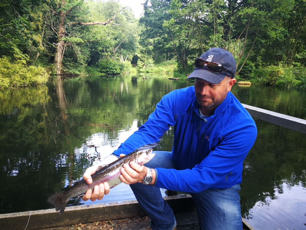 fly fishing experience in surrey